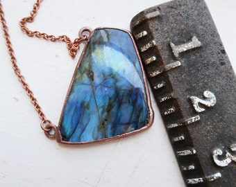 Beautiful Labradorite Necklace | Crystal Talisman