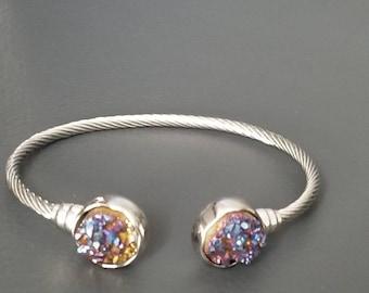Cuff quartz bracelet
