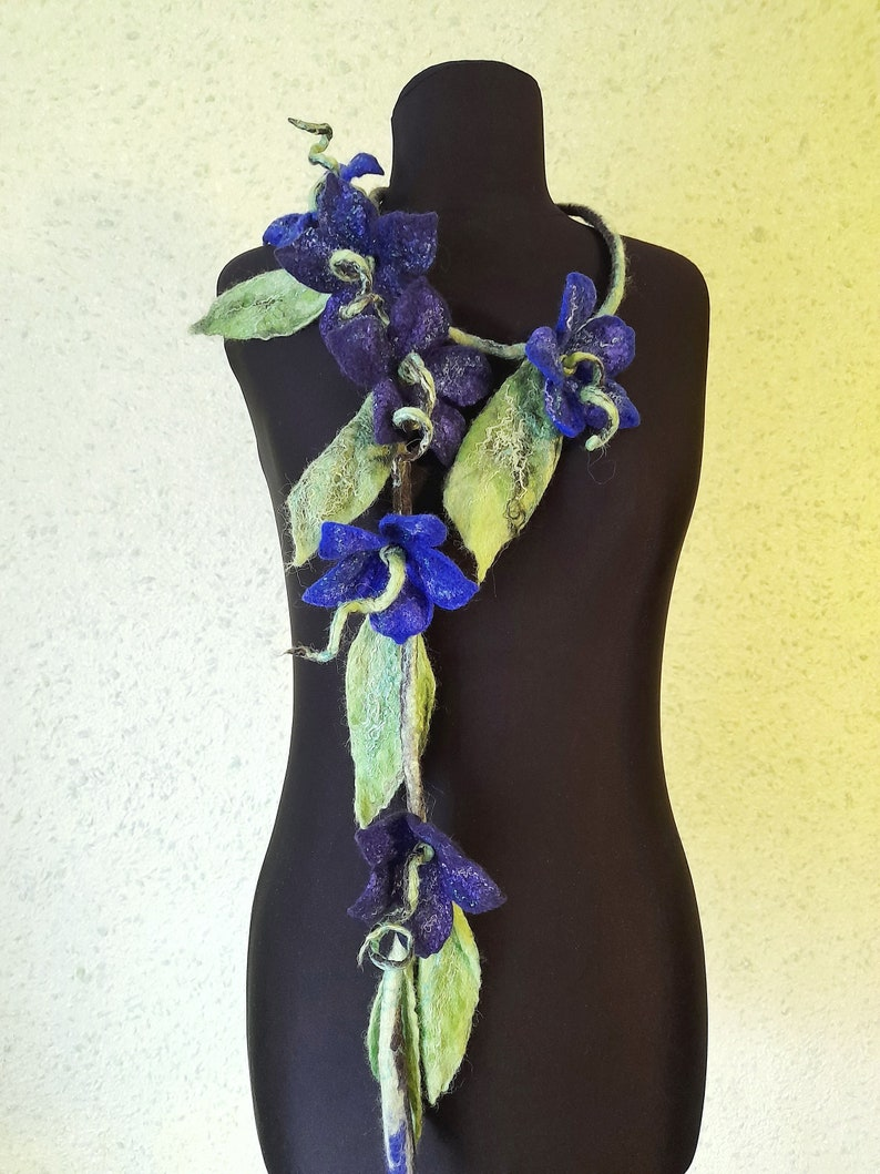 Dainty necklace flowers Felt garland with blue flowers Bold chunky necklace