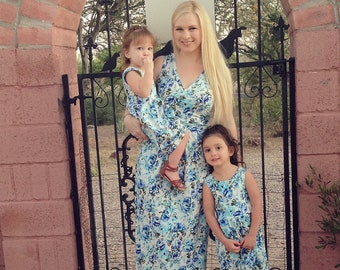 Mommy and Me Outfit | Matching Mother and Daughter Dresses | Mom and Baby Outfits | Blue and White Floral Maxi | WOMEN'S SIZE