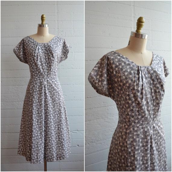 1940s 40s 1950s 50s Gray Checkered Block Print Cot