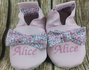 Soft leather, leatherette, slippers, baby, boy, girl, kids slippers, slipper personalized shoe slipper sewn bows booties