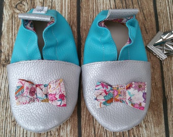 Soft booties in leather and leatherette slipper baby, boy, girl, kids slippers, liberty bow slipper shoe
