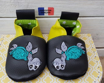Soft booties, babies, kids personalize booties slippers, black leather and lime green turtle with the child.