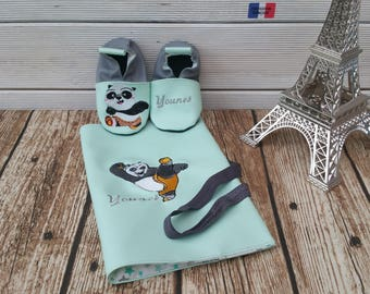 Gift to personalize: slippers and protects health record, panda, kungfu birth.