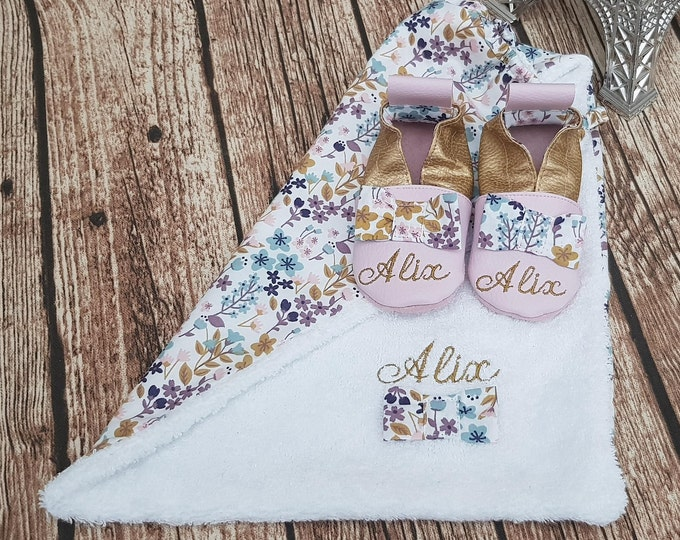 Birth pack to customize: slippers and bib, limited edition fall flower, knot