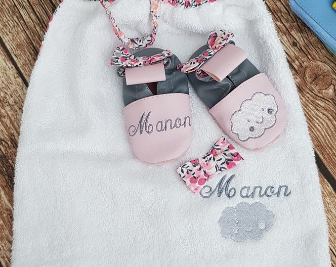 Personalised birth pack: slippers and bib, limited edition wiltshire peach, cloud