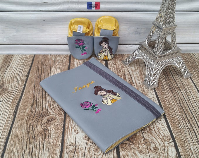 Gift to personalize: slippers and health booklet protection cover, Princess, birth.