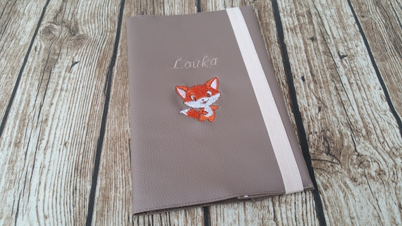 Protects leather-like health book, girl or boy, embroidered, personalized,