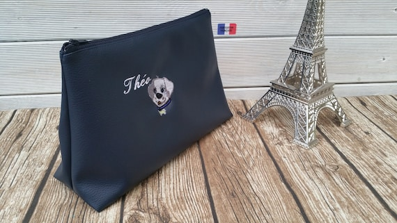 Toilet bag faux leather 25 x 17, man, embroidered, personalized.