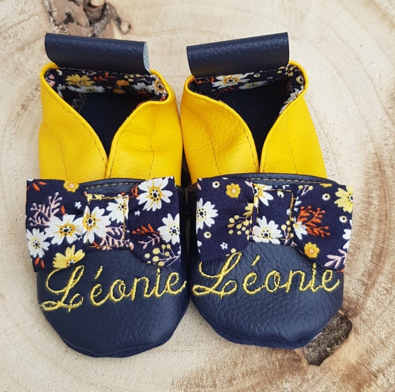 Leather soft slippers, baby slippers, girl slippers, limited edition Flower knots