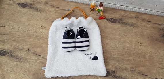 Birth pack to customize: slippers and bib, sailor, navy and whale
