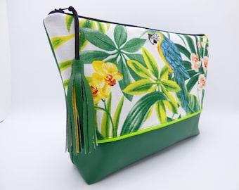 Toiletry bag / tropical beach