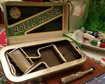 """Collectable Vintage """"ROLLS RAZOR"""" Imperial No2  made in England Original packaging"""