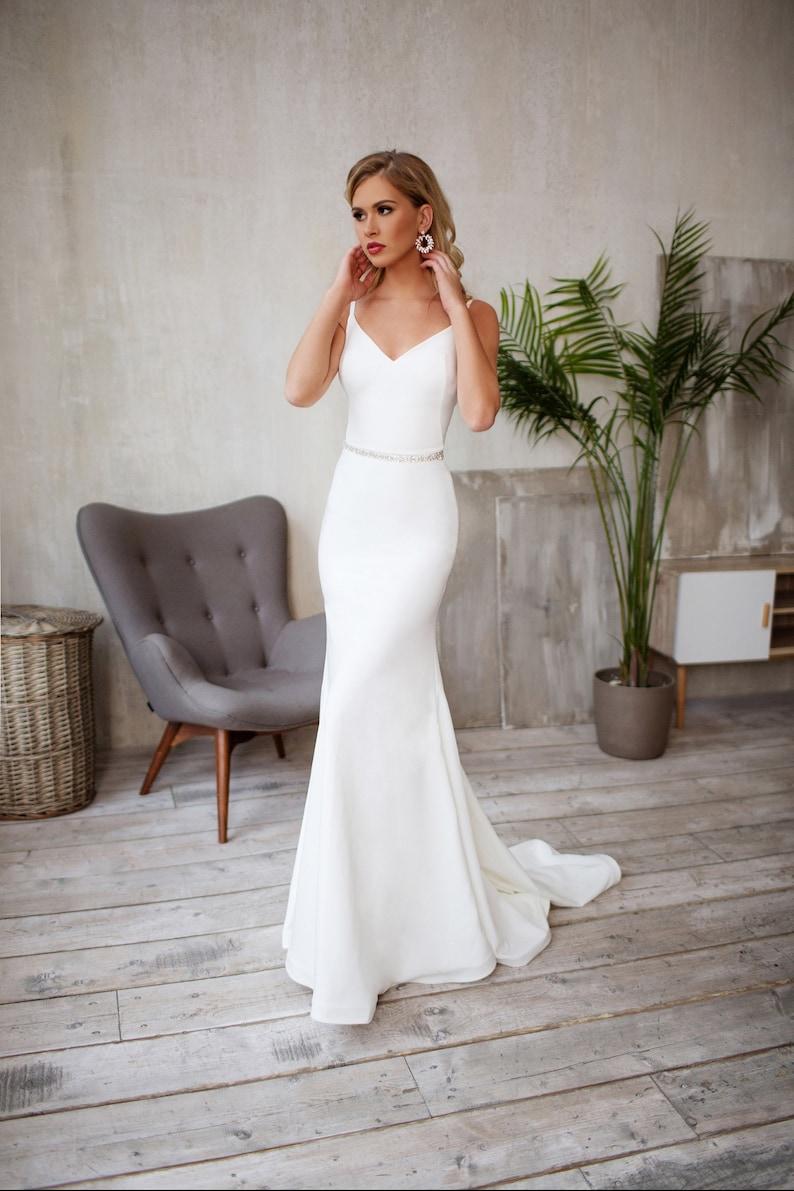 Tight wedding dress Crepe Sleek silhouette Minimalist bridal image 6