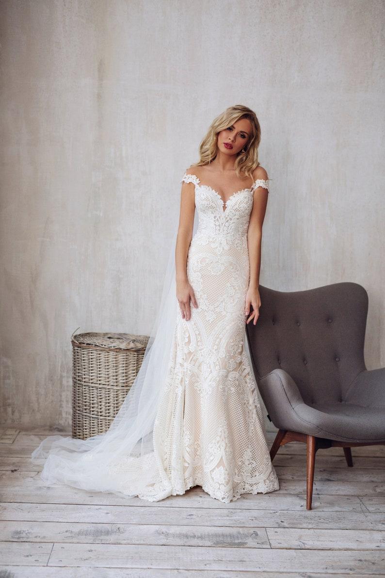 Lace wedding dress boho tight fit mermaid bridal gown JATON image 3