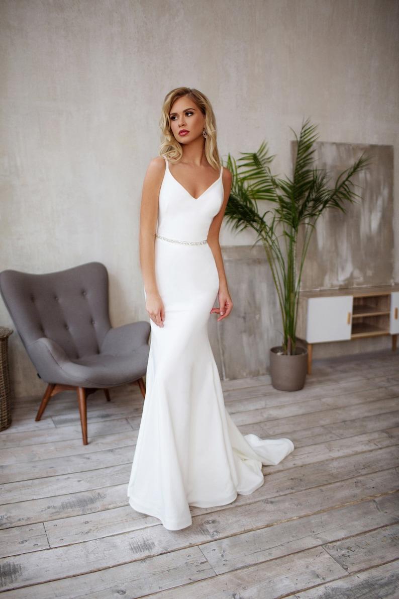 Tight wedding dress Crepe Sleek silhouette Minimalist bridal image 4