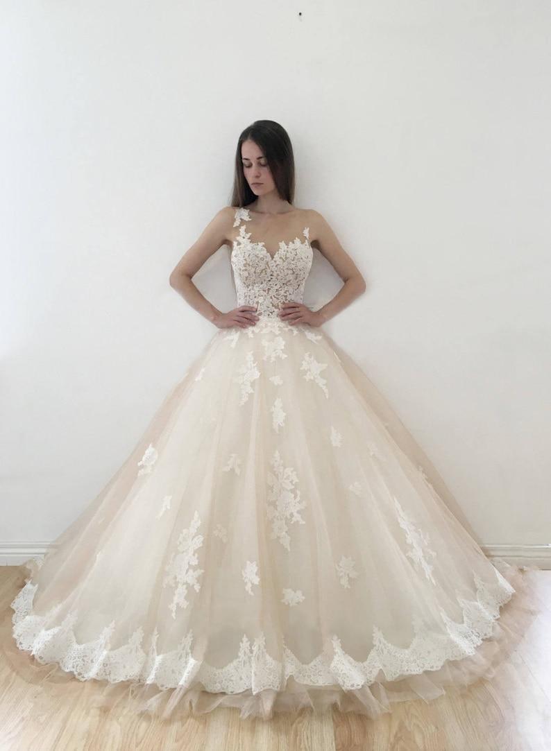 Wedding dress Jeneva Wedding dress lace back wedding dress image 2