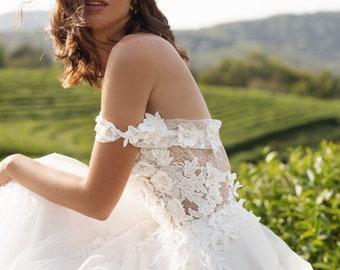 wedding dress Diana, romantic wedding dress