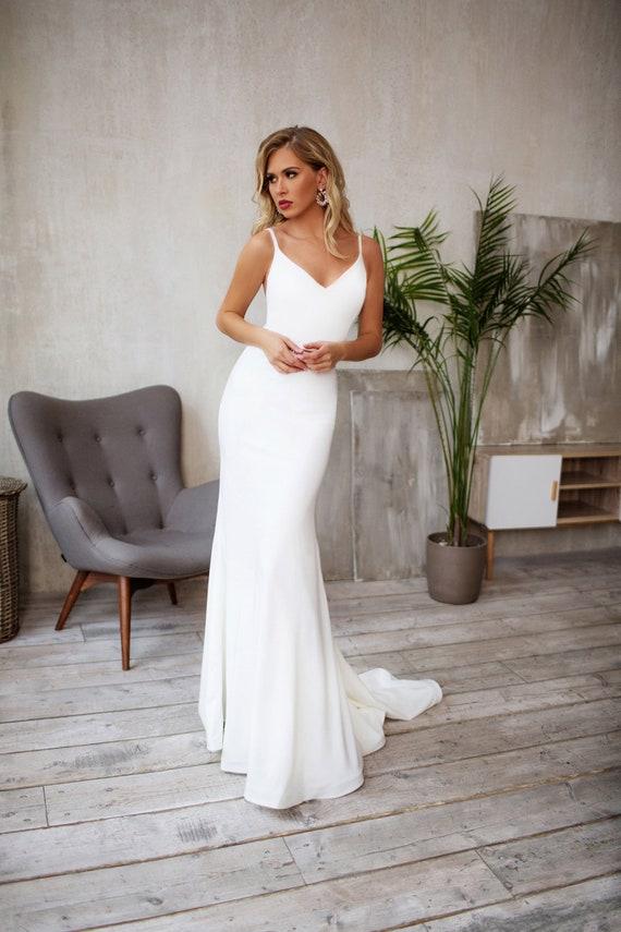 Tight Wedding Dress Crepe Sleek Silhouette Minimalist Bridal Etsy
