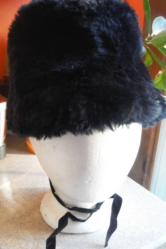 1950's/ 1960's Black Women's Bucket Faux Fur Hat