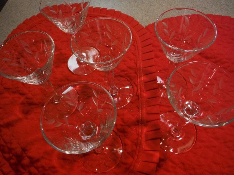 Vintage Priscilla by Libbey Crystal  Set of 6 Beverage Wine Glasses with Prism Stems /& Etched Leaf Design