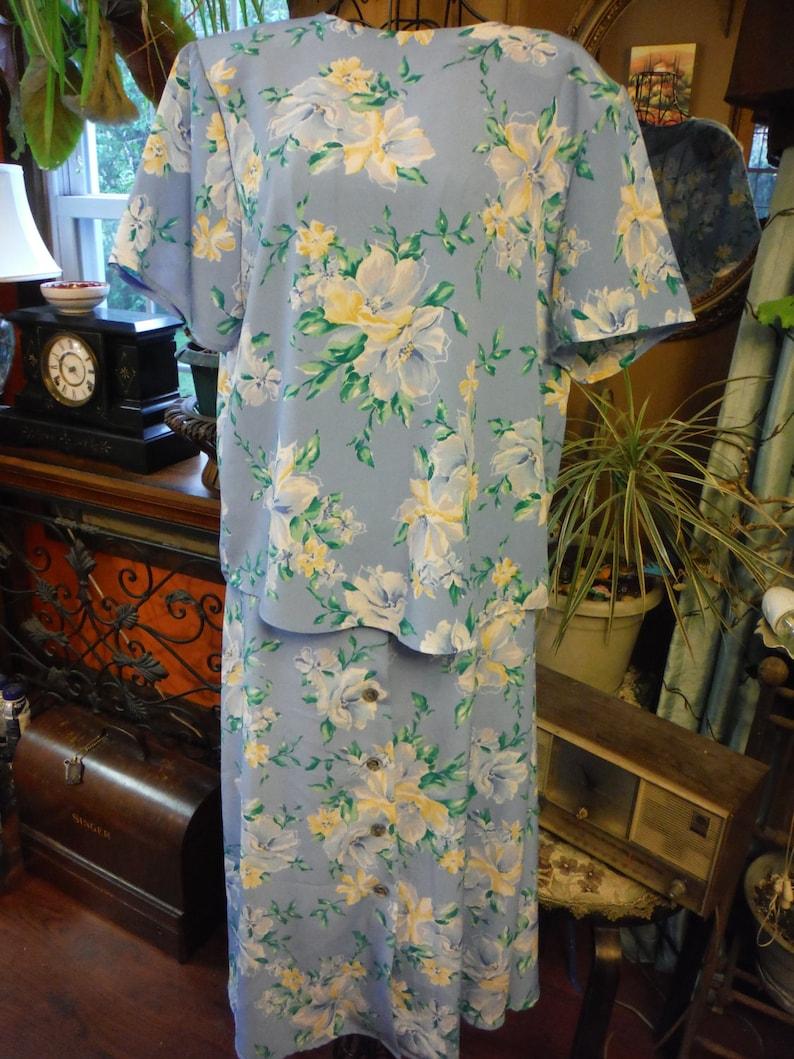 Jaclyn Smith Polyester Blue,Yellow,Green Flower skirt set