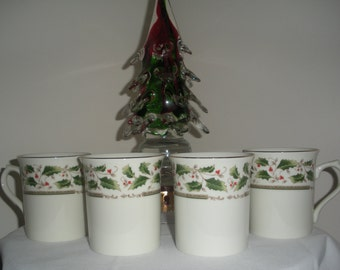 Royal Holly Holiday Cups/Mugs Vintage Christmas Cups Set of 4