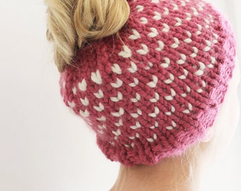 Messy Bun Hat for Girls, Pony Tail Hat for Girls, Valentines Hat, Hearts Bun Hat, Bun Beanie Hat, Knitted Bun Hat, Bun Hat Knitted