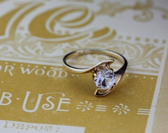 10K Gold Spinel Ring Size 5.75