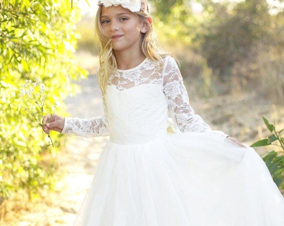 Long sleeve flower girl dress, Bohemian Boho Flower girl, Ivory Lace Tulle Girls Dress, Lace flower girl dress, Communion dress, Léa Dress