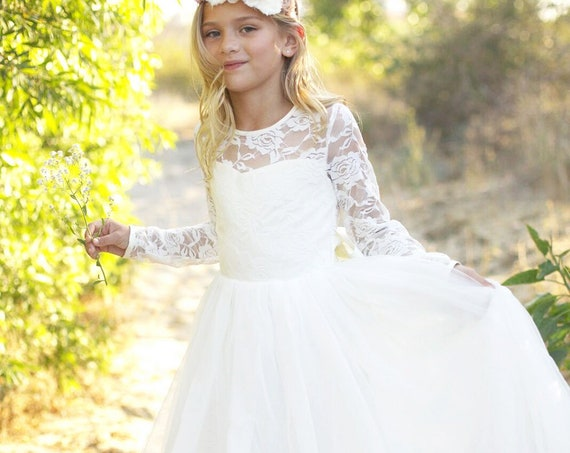 Long sleeve flower girl dress, Bohemian Boho Flower girl, Ivory Lace Tulle Girls Dress, Lace flower girl dress, Communion dress, Léa Dress