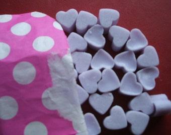 Handmade Parma Violet scented mini heart shaped mini soy wax melts x 55