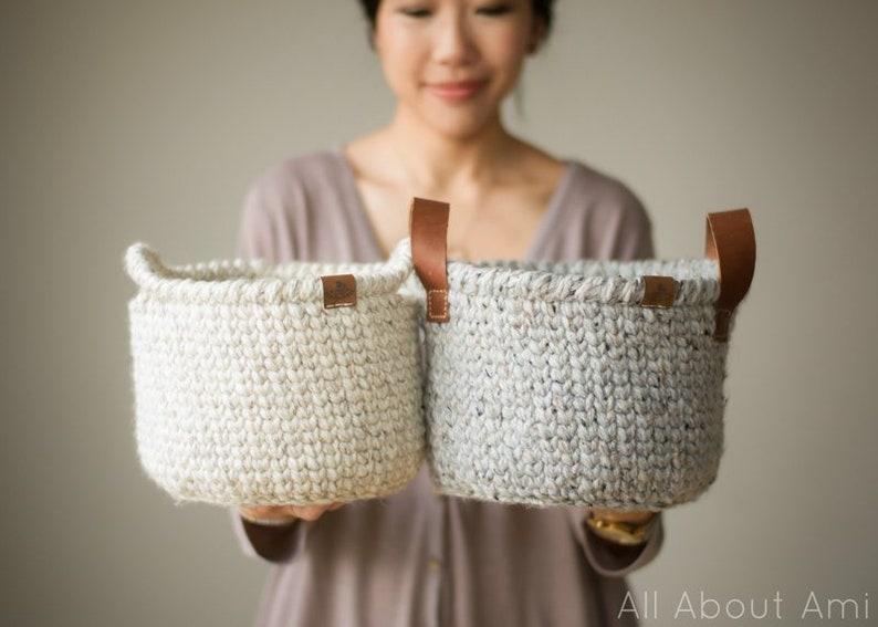 Waistcoat Basket Crochet Pattern image 1