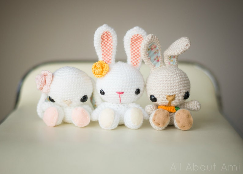 Spring Bunnies Crochet Pattern image 0