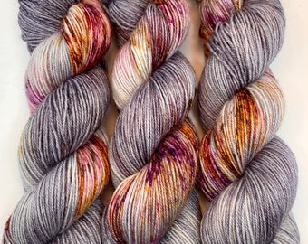 """Hand Dyed Yarn """"Up to No Good"""" Grey Silver Pink Purple Red Gold Orange Brown Speckled Bluefaced Leicester BFL Nylon Fingering SW 463yds 100g"""