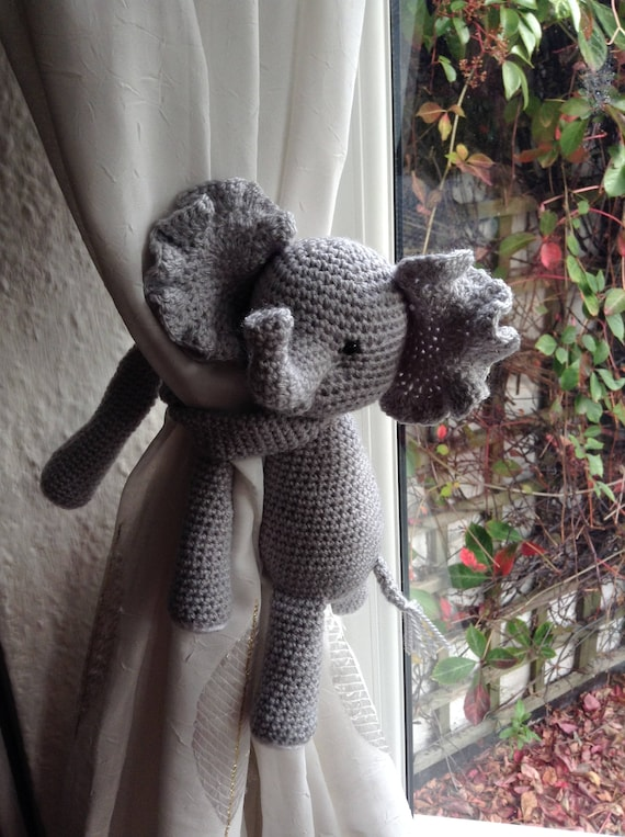 A pair of Baby Elephant curtain tie back,crochet elephant,Curtain tie backs,Nursery  curtains,Elephant | 763x570
