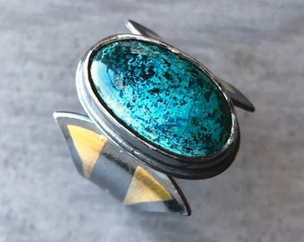Mixed Metal Shattuckite Ring with Art Deco Papyrus Flower Band and 24k Gold Keum-Boo Accents, Handmade Gold and Sterling Silver Jewelry