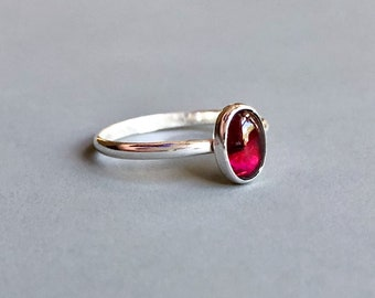 Dainty Garnet Pinky Ring with Smooth Narrow Sterling Silver Band, Delicate Simple Oval Garnet Ring, Small Garnet Stacking Ring, Size 5 Ring