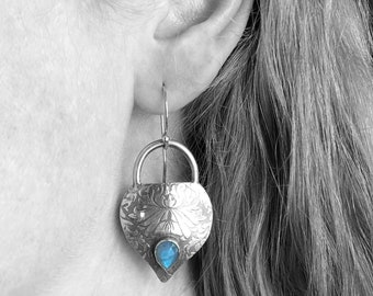 Labradorite Earrings with Damask Pattern, Patterned Textured Silver, Handmade Silver Dangle Earrings, Elegant Earrings
