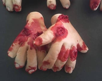 """Halloween 2""""x 2"""" Edible Zombie Hands Cupcake Toppers"""