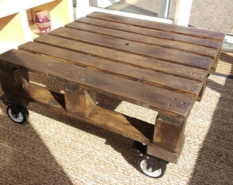 Pallet coffee table by Lovewood