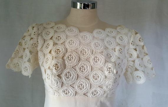 White dress, seventies clothing, maxi dress, vinta