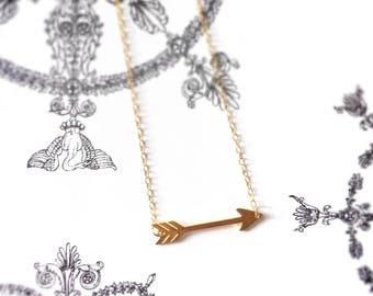 Semi-long necklace / Choker of 18 k carat 14 k gold filled minimalist gold vermeil arrow neck