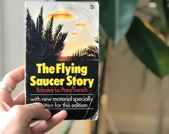 The Flying Saucer Story - Ufo Vintage Area 51 Book.