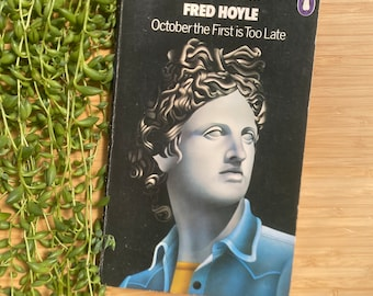 Fred Hoyle - October the First is Too Late, Vintage Science Fiction Paperbacks, David Pelham.