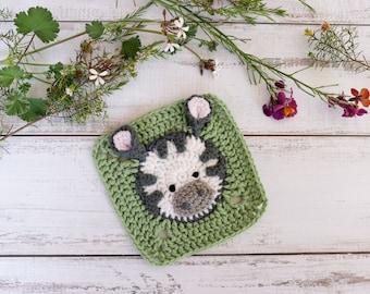 Crochet zebra square pattern // Zebra granny square motif // Crochet zebra afghan square // Africa blanket // Crochet animal pattern