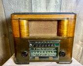 Vintage 1939 RCA Model T80 Tube Radio.