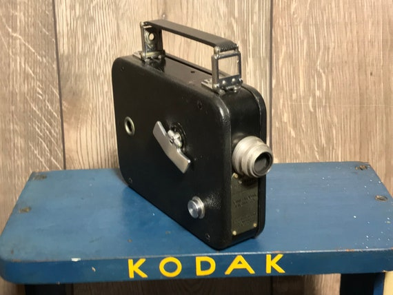 Vintage 1930's Kodak Cine Eight -25 8mm Film Movie Camera