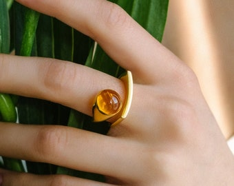Modernism Gold Plated Ring Made of Silver with Cognac Amber – Art Nouveau Ring, Geometric Ring, Modern Jewelry –Ethically Sourced Amber